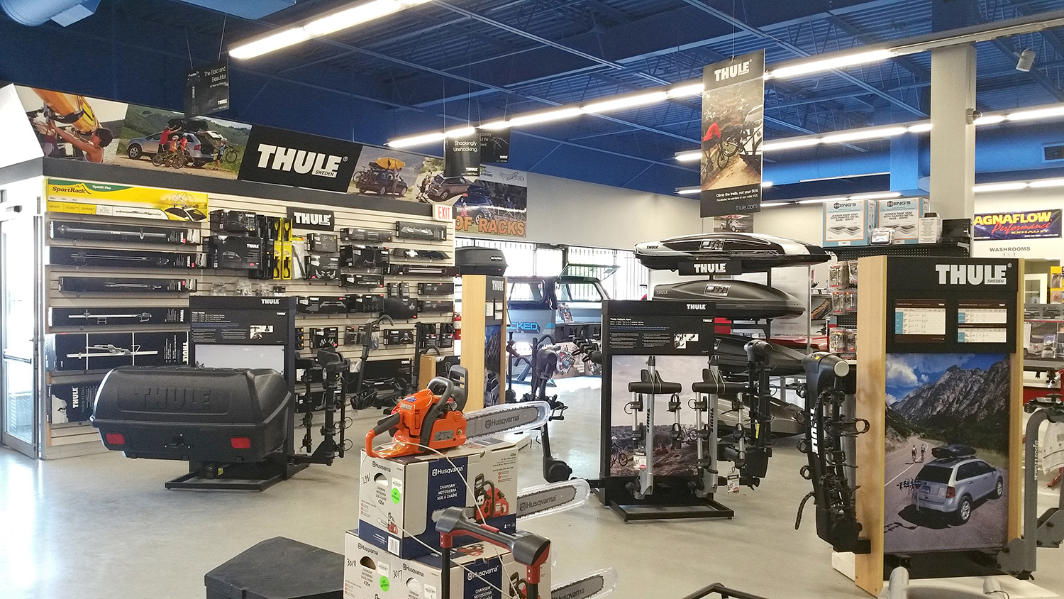 </br>Hitch City - Mississauga Location - Racks & Carriers