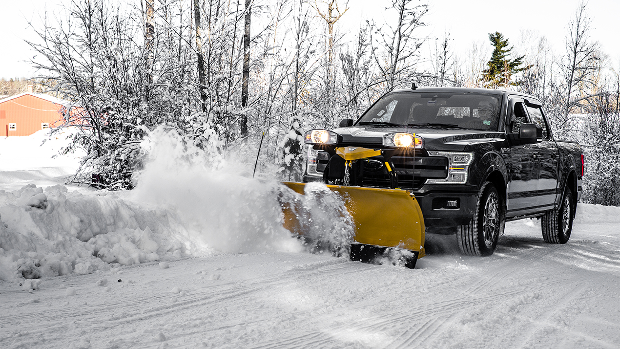 Fisher® SD Series - PLOW BLADE CONSTRUCTION