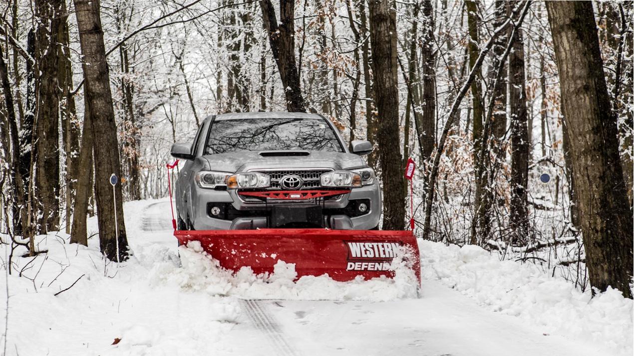 Western Defender™ Compact Snowplow