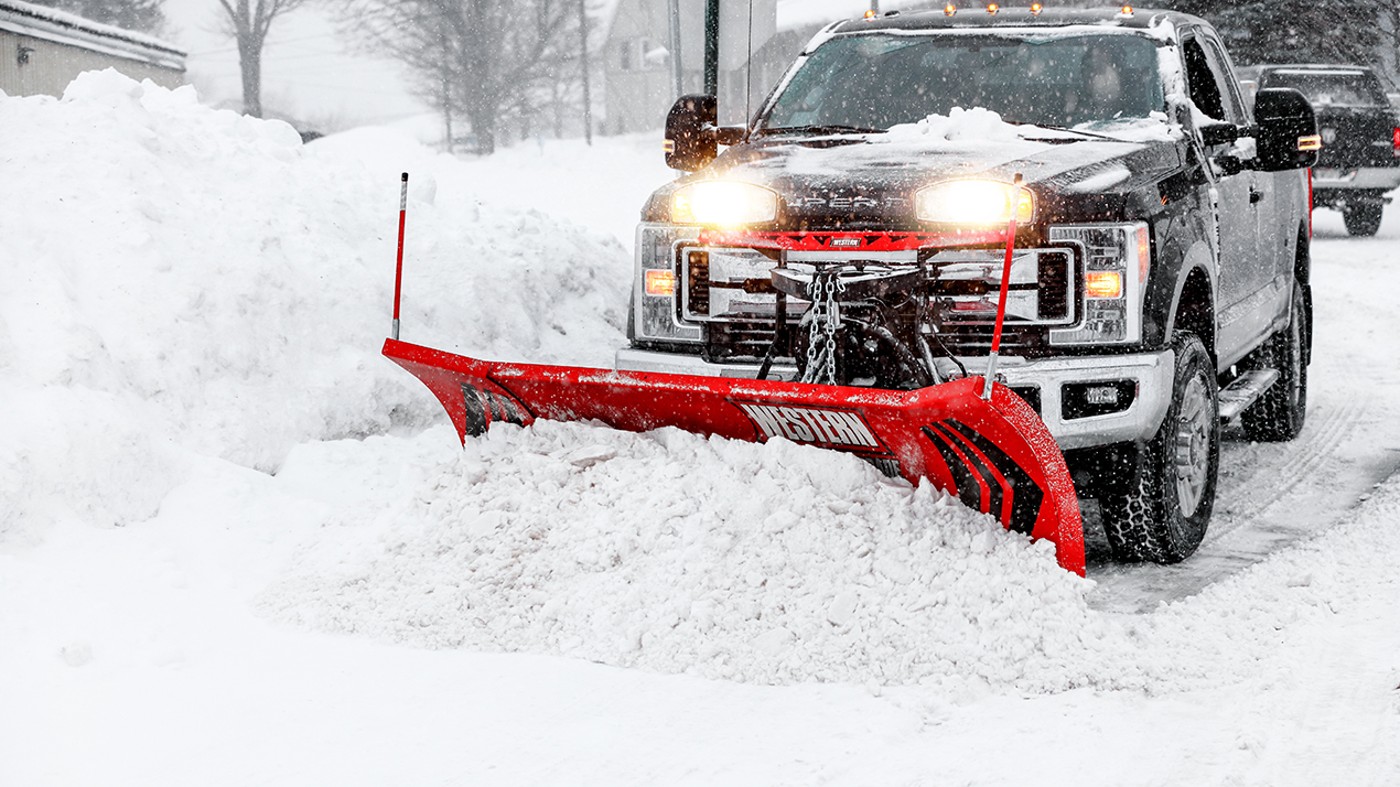 Western WIDE-OUT™ Flared Adjustable Wing Plow